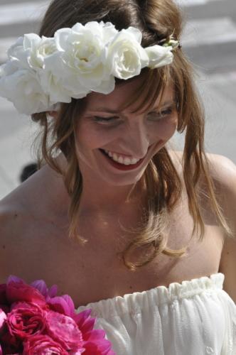 dattaglio abito da sposa tulle ricamato fiori